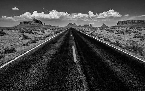Road to Monument Valley by Jeff R Clow