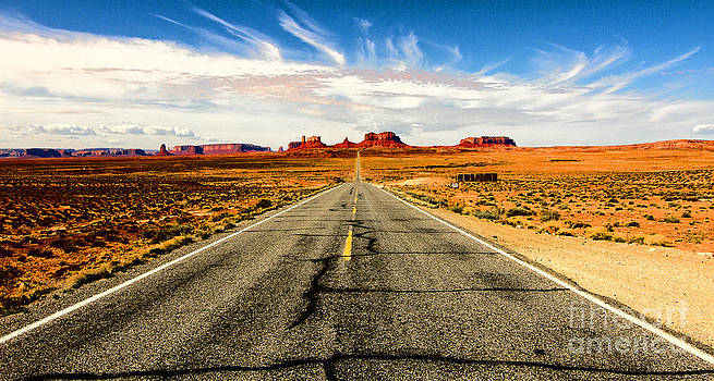 Road to Navajo by Jason Abando