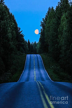 Road to the moon by Markus Hovikoski