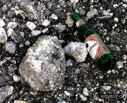Rock and Beer by Gonzalo Teran