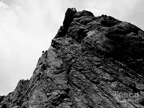 Rock Cliff by Rincon Road Photography By Ben Petersen
