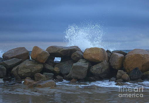 Amazing Jules - Rock Window