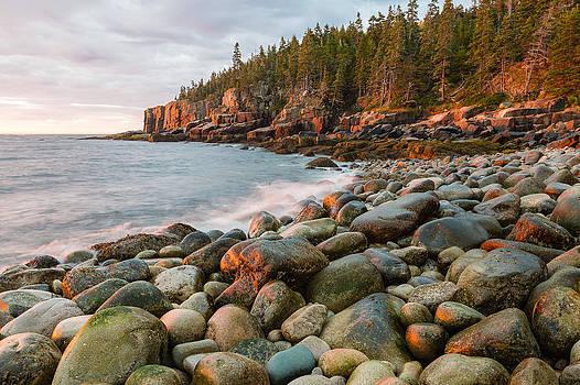 Rocky Maine Shoreline Photo - Acadia National Park Boulder Beach  by Bill Swindaman