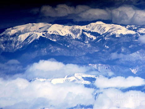 Rocky Mountains 2 by Larry Campbell