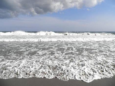 Kate Gallagher - Rolling Blue Ocean