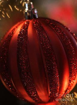 Linda Knorr Shafer - Ruby Red Christmas