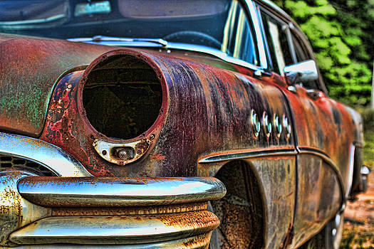 Rust N' Chrome II by Randy  Lee