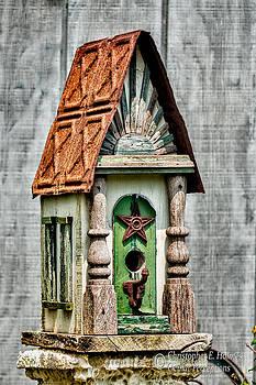 Christopher Holmes - Rustic Birdhouse