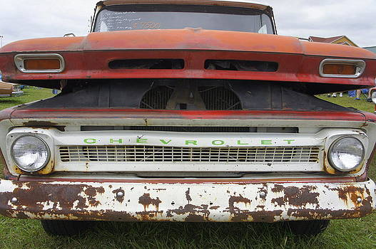 Laurie Perry - Rusty Chevy