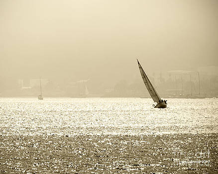 Artist and Photographer Laura Wrede - Sailing in San Diego Harbor