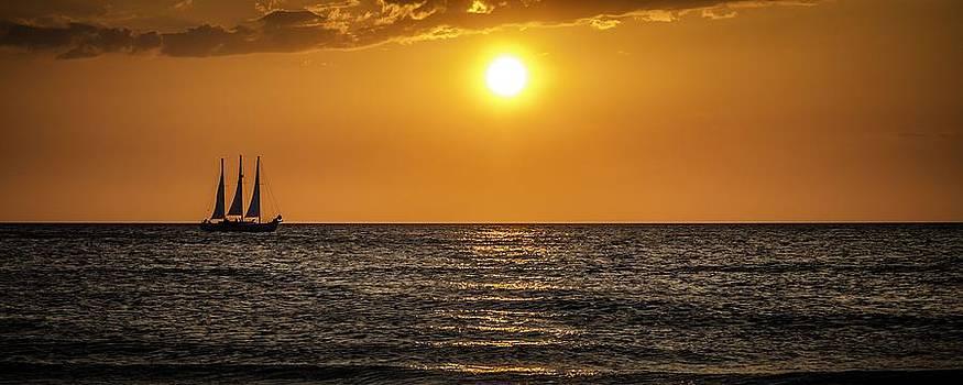 Sailing Into the Sunset by Edward Khutoretskiy