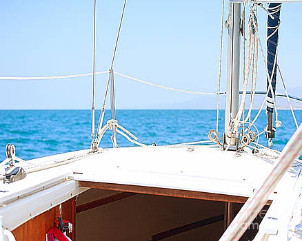 Artist and Photographer Laura Wrede - Sailing on a Fine Sunny Day