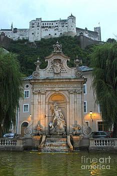 Gregory Dyer - Salzburg Austria