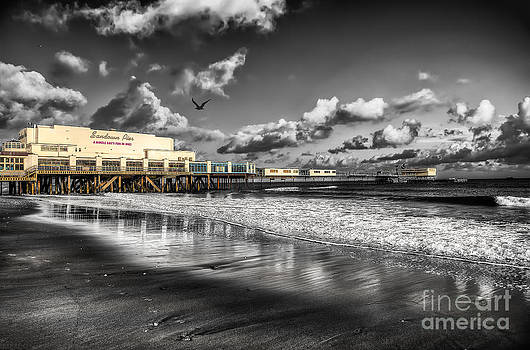 English Landscapes - Sandown Pier