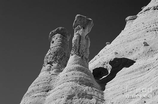 David Gordon - Sandstone Spires