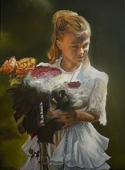 Sara by Ian Szkorka