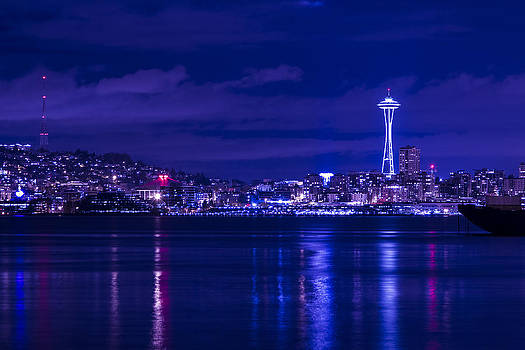 Seattle by Night by Luca Diana