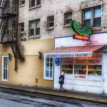 #seattle #udistrict by Ron Greer