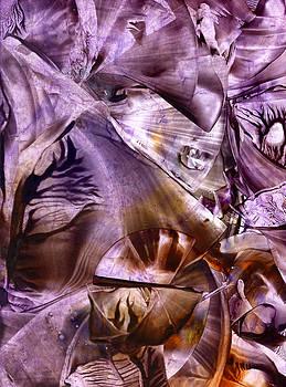 Self-consciousness glimmer by Cristina Handrabur