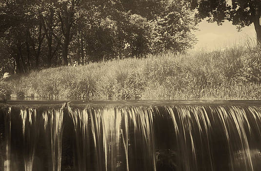 Sepia waterfall by Peter Fodor