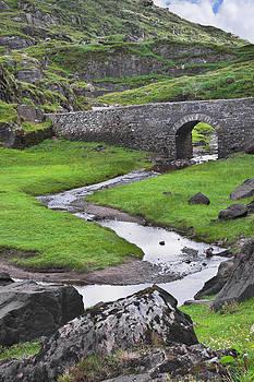Jane McIlroy - Serpent River Bridge Dunloe