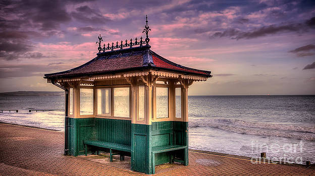 English Landscapes - Shanklin Beach Shelter
