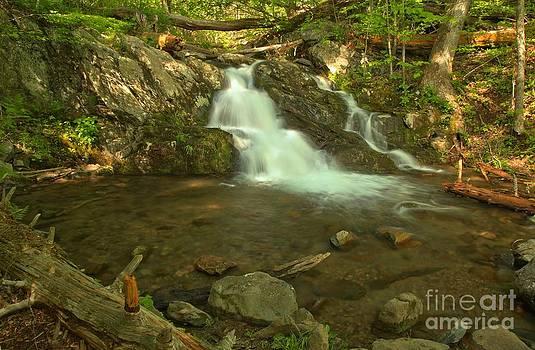 Adam Jewell - Shenandoah Upper Doyles River Falls