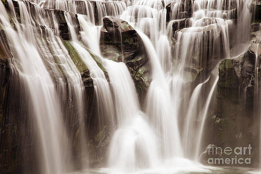 Fototrav Print - Shifen Waterfall in Taiwan