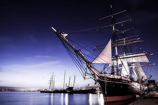 Ship by Robbie Snider