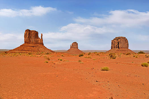 Christine Till - Signatures of Monument Valley