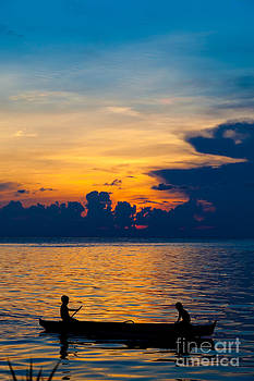 Fototrav Print - Silhouette on peaceful sunset Borneo Malaysia