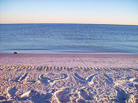 Simple Beach Love by Debora PeaceSwirl D'Angelo
