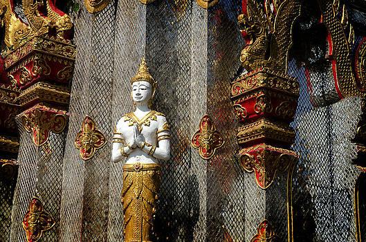 Siver Buddha Chiang Rai  by Duane Bigsby