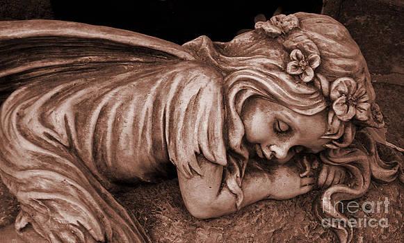 Susanne Van Hulst - Sleeping Beauty