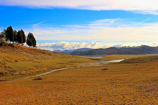 Amazing Jules - Smokey Mountain Landscape