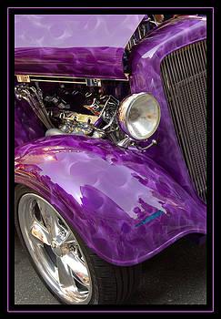 Smokin' Purple by Heather Lee