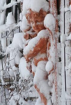 Alfred Ng - snow cherub