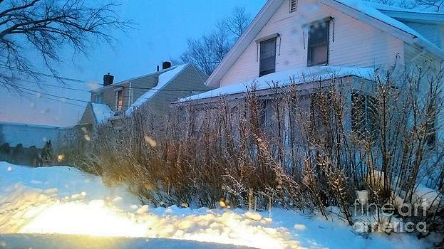 Snowy Morning 2 by Rose Wang