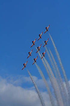 Snowbirds Performing by Matt Dobson