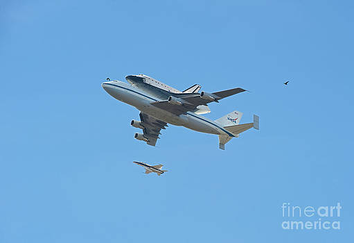 David  Zanzinger - Space shuttle Endeavour Chase Plane and Hawk