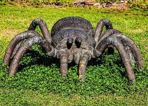 Omaste Witkowski - Spider Sculpture