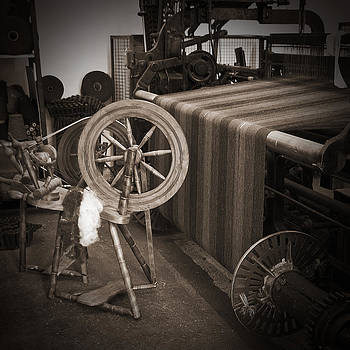 Jane McIlroy - Spinning and Weaving