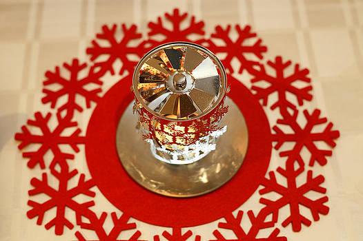 Spinning tea light holder by Paul Indigo