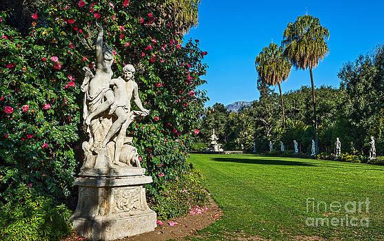 Jamie Pham - Spring Sculpture Garden