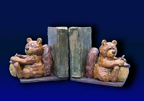 Jeanette K - Squirrel Bookends