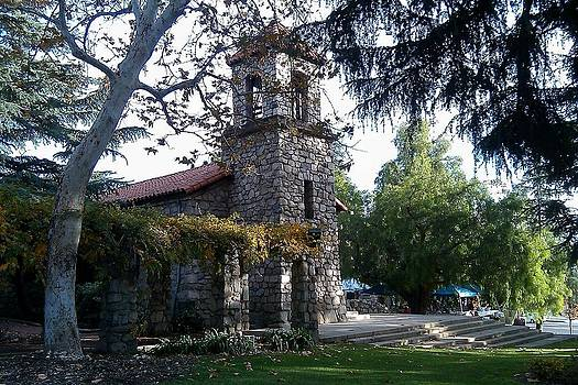 St. Luke's of the Mountain La Crescenta by Maggie  Cabral