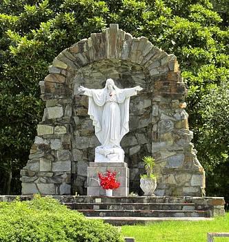 St. Stanislaus' Sacred Heart of Jesus by Dana Doyle