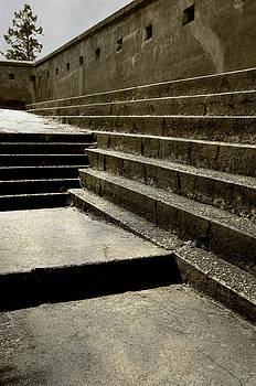 Marilyn Wilson - Stairs
