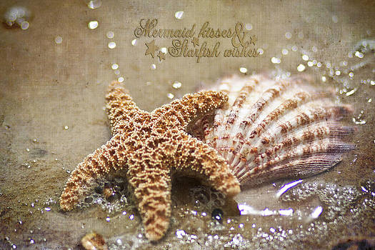 Regina  Williams  - Starfish on beach Mermaid kisses starfish wishes
