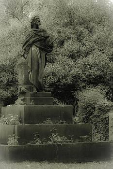 Statue by Jennifer Burley